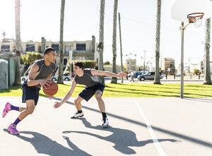 USA, Los Angeles, basketball training - LEF000084