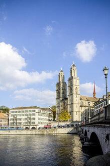 Switzerland, Zurich, View to Great Minster, Limmat river - PUF000500