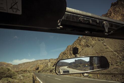 Spain, Tenerife, car at the roadside in El Teide region - SIPF000370