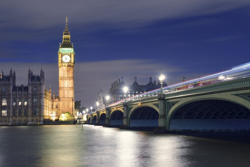 UK, London, River Thames, Big Ben, Houses of Parliament and Westminster Bridge at night - BRF001351