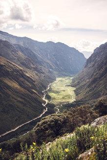 Peru, Huaraz, view to valley - EHF000337