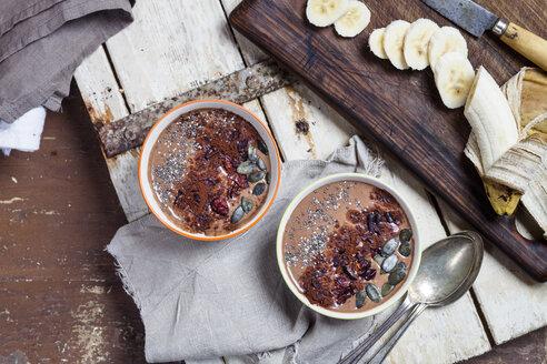 Garnished vegan and sugarfree smoothie bowl - SBDF002874