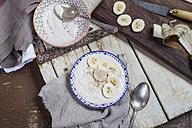 Smoothie bowl of banana, curd cheese, lemon juice and tigernut powder - SBDF002877