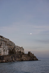 Italy, Amalfi, view to the coast at evening twilight - HLF000963