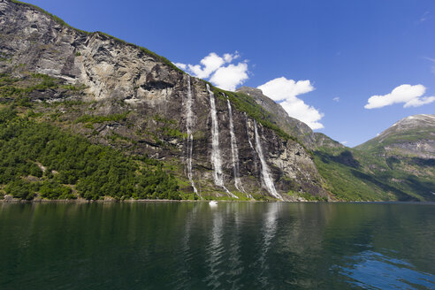 Norway, Geiranger Fjord, seven sisters, waterfall - SJF000166