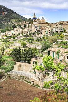 Spain, Balearic Islands, Mallorca, Valldemossa, village - VT000523