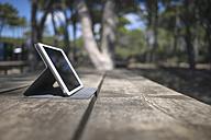 Digital tablet on a table - RIBF000399