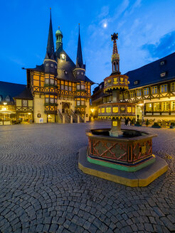Germany, Saxony-Anhalt, Wernigerode, townhall and market place in the evening - AMF004896