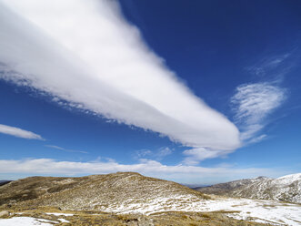 Spain, Sierra de Gredos, clouds above mountainscape - LAF001628