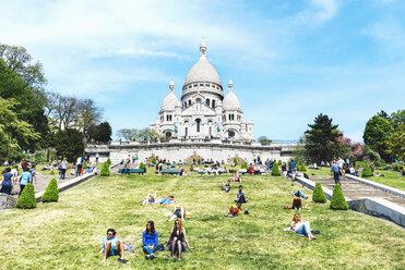 France, Paris, view to Sacre-Coeur at Montmartre - GEM000909