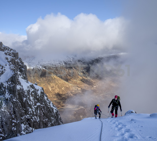 Scotland, Glencoe, Stob Dearg, mountaineering in winter - ALRF000489 - Alun Richardson/Westend61
