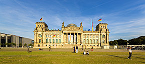 Germany, Berlin, view to Reichstag building - TAM000502