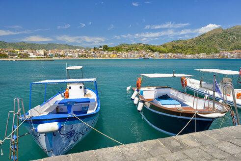 Italy, Sicily, Giardini Naxos, moored boats - RJF000599