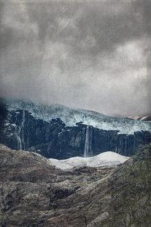 Italy, Lombardy, Sasso Rosso glacier - DWIF000742