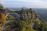 Czechia, Bohemian Switzerland, Elbe Sandstone Mountains, view to Pravcicka brana - RUEF001713