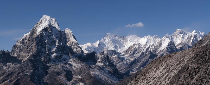 Nepal, Himalaya, Solo Khumbu, Everest region Ama Dablam, mountainscape - ALRF000505