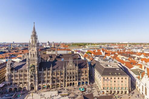 Germany, Munich, view to new city hall at Marienplatz - WDF003647