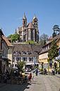 Germany, Baden-Wuerttemberg, Breisach, Old town, View to Breisach Minster - EL001764