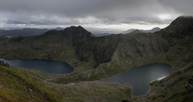 UK, North Wales, Snowdonia, Cwm Glas, Garnedd Ugain, Clogwyn y Parson - ALRF000528