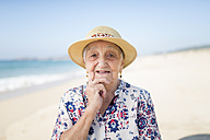 Portrait of senior woman on the beach - RAEF001222