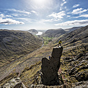 England, Cumbria, Lake District, Wasdale Valley, Wastwater, Great Gable, Napes Needle, climbers - ALRF000562