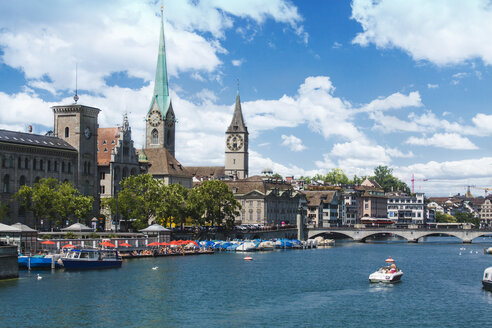 Switzerland, Zurich, View to Limmat river Fraumuenster Church and St. Peter's Church - BZ000301