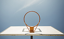 Basketball hoop, upward veiw - DAPF000147