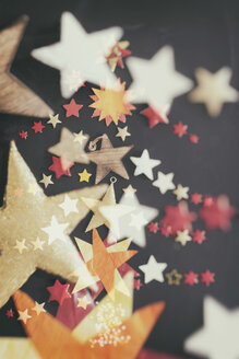 Christmas time, stars on black background - CMF000498