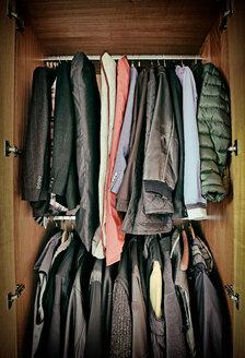 Men's clothing in a wardrobe - KLRF000394