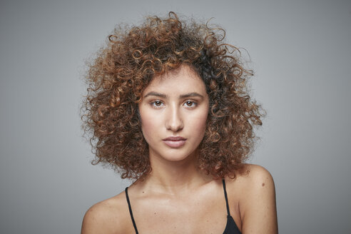 Portrait of redheaded woman with curly hair - RHF001670