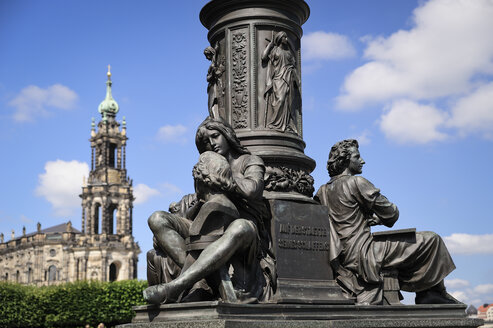 Germany, Saxony, Dresden, Bruehl's Terrace and Dresden Cathedral, Monument of Ernst Rietschel in the foreground - BT000406