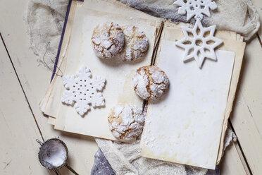 Home-baked Christmas cookies - SBDF002970
