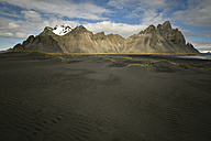 Iceland, landscape with black sand  in South Iceland - FDF000200