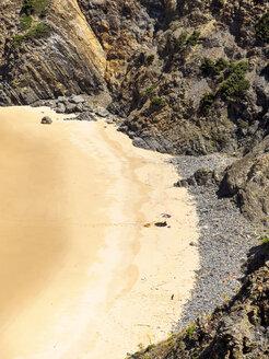 Portugal, Alentejo, Praia do Tonel with sunshade - LAF001668