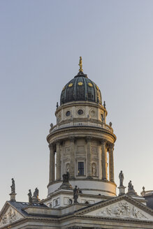 Germany, Berlin, dome of German cathedral at Gendarmenmarkt - PVCF000844