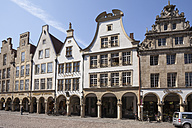 Germany, Muenster, row of gable houses at Prinzipal Market - WIF003340