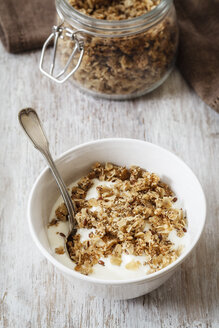 Homemade crunchy muesli, oat, amaranth and linseed - EVGF002991