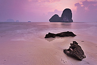Thailand, Krabi, Railay Beach at twilight - FPF000102