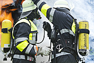 Two firefighters preparing operation - MAEF011876