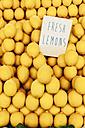 Lemons on the market - BZF000316