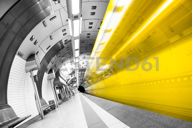 Germany, Essen, indoor view of underground station - CPF000033