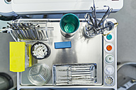 Dentist's equipment - ZEDF000243