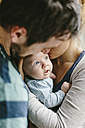Father with baby boy at home - HAPF000651