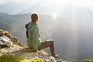 Austria, Tyrol, hiker - MKFF000315