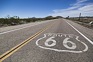 USA, California, Mojave Desert, view of empty route 66 - GIOF001337