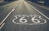 USA, California, Mojave Desert, view of empty route 66 - GIOF001346