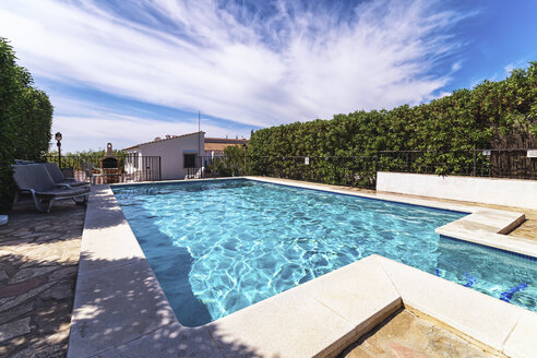 Spain, Andalucia, Finca and swimming pool - SMAF000523