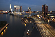 Netherlands, Rotterdam, Erasmusbrug and Nhow Hotel in the evening - FCF001030