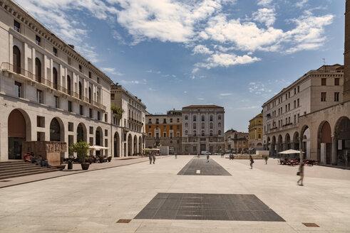 Italy, Brescia, view to Piazza della Vittoria - CSTF001096