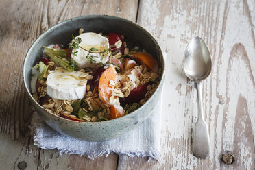 Hearty oat flakes bowl with fruits, goat cheese and thyme - EVGF003044